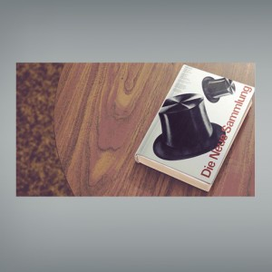 mockup libro sobre mesa